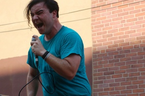 "[Song of the Day] Future Islands – ""Seasons"" Most jaw dropping performance you will ever see"